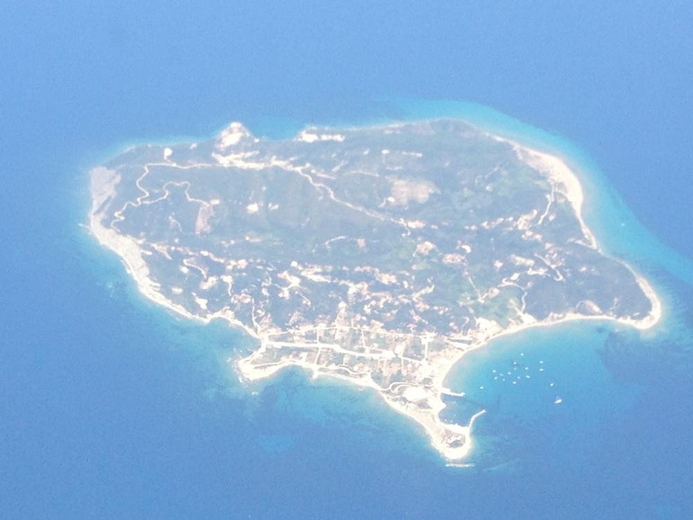 Giorno 11-12 way to Erikoussa (foto dall'aereo)